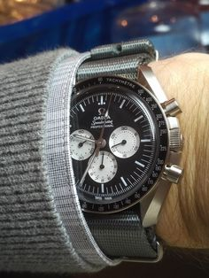 A Guide to Pick the very best Omega Watches Merchant Near You - Precision watches Unusual Watches, Elegant Watches, Beautiful Watches, Cool Watches, Watches For Men, Omega Railmaster, Skeleton Watches, Popular Watches, Hand Watch