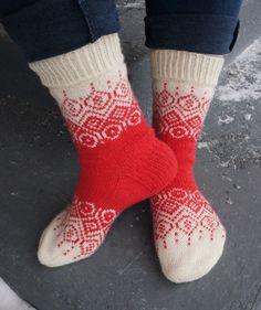 Knit Or Crochet, Crotchet, Knitting Socks, Knit Socks, Yarn Crafts, Mittens, Sheep, Knitting Patterns, Barn