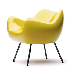 RM58 - Roman Modzelewski Designed half a century ago, RM58 armchair is an icon of Polish design.  Vzór' has reproduced it in two versions: the classic with the seat made of polyethylene varnished to a high gloss, and the new matt version Both have several color options (red, green, black, yellow)