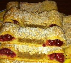 Meggyes anyu szelet Biscotti, French Toast, Food And Drink, Sweets, Cookies, Chocolate, Baking, Breakfast, Cake