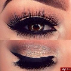I think this makeup look should be perfect for proms or any other glamorous events.