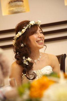 【人気№1】花冠の花嫁画像まとめ1000枚以上【新婦の髪型(ヘアスタイル)】 - NAVER まとめ