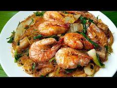 (96) กับข้าวกับปลาโอ 581 : กุ้งอบวุ้นเส้นซอสสุกี้ เส้นเหนียวนุ่ม กุ้งแน่นๆ Baked shimp and glass noodle - YouTube Thai Cooking, Thai Recipes, Food, Eten, Meals, Thai Food Recipes, Diet