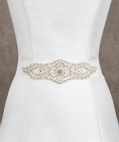Pronovias Belts 2016  www.pronovias.com/bridal-accessories/belt-cint-421