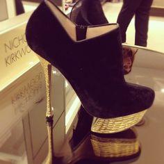Nicholas Kirkwood golden soles #shoes