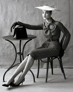 50's vintage elegance...…