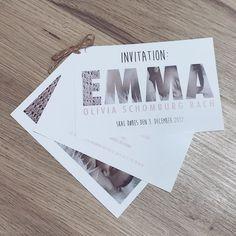 Dåbs invitationen ❤ #invitation #dåb #dåbsinvitation #pigeinvitation #emmamusse #emmaolivia #decemberdåb #morerkreativ #hjemmelavet #kreativ My Little Girl, Birthday Cards, Diy And Crafts, December, Stationery, Liv, Gifts, Design, Decor