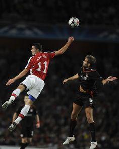 Robin Van Persie World Cup News, Fifa World Cup, Robin Van, Van Persie, Soccer Stars, Arsenal Fc, The Incredibles, Football, Art