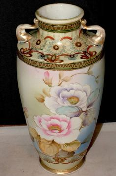"ANTIQUE JAPANESE HAND PAINTED NIPPON GOLD GILT MORIAGE DOUBLE HANDLE 10.5"" VASE"