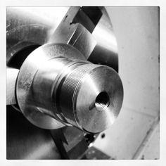 Aluminio en torno CNC