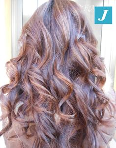 STARLIGHT Marron Glacé: lampi di luce per illuminare i tuoi capelli! #cdj #degradejoelle #tagliopuntearia #degradé #igers #musthave #hair #hairstyle #haircolour #haircut #longhair #ootd #hairfashion