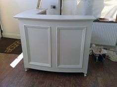 French Style Shabby Chic L shape Reception Desk / Retail Cash Desk with moulded panel front detail painted linen white.