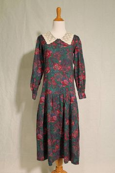 VINTAGE LAURA ASHLEY 1920's Style Long Sleeve Wool Day Dress W/ Lace Collar US 8 #LauraAshley
