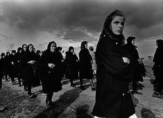 Heaquilahistoria : Rafael Sanz Lobato (fotógrafo, Sevilla 1932) Viernes Santo en Bercianos de Aliste (Zamora) 1971