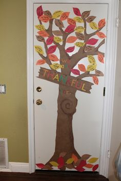 Creatively Quirky at Home: The Thankful tree. Write on each leaf what you & every family member is thankful for!!