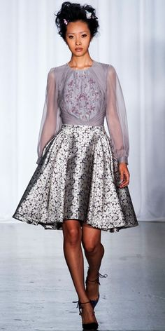 ZAC POSEN: Gray and lilac french knotted embroidery blouse with camellia jacquard party skirt
