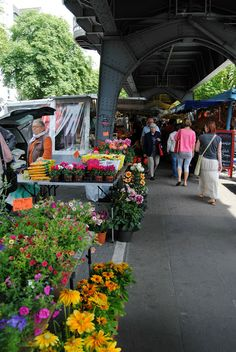 Journal by Assia: Visiting the Isemarkt and Eating Currywurst in Hamburg, Germany