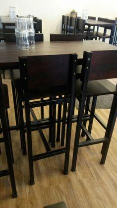 sillas taburete banco mesa de bar restaurante madera y hierr