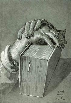 Étude de main avec une bible