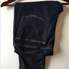 Gap sexy bootcut maternity jeans 8A Gap sexy bootcut maternity jeans 8A GAP Jeans Ankle & Cropped