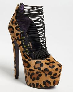 """London Trash """"Ceres"""" pump from fall 2012 collection.  Price $149.95. Click here to buy."""