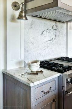 Marble Kitchen - Calacatta countertop and full backsplash http://precisionstoneworks.com/portfolio/kitchens