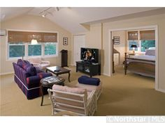 Rooms over garage in Minnesota   home by a lake