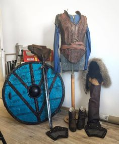 [ #Cosplaywip ] Homestretch for my #lagerthacosplay - those are all parts and there is still something to do finish in every piece but overall... Happy to premiere #Lagertha @comic_con_germany this weekend and than move on to the next Cosplay :D _____________________________________________________________ #lagertha #lagerthacosplay #shieldmaiden #lagerthalothbrok #vikings #vikingstyle #vikingscosplay #costume #costumedesign #costumemaking #cosplaygirl #cosplayersofinstagram #cosplayers…