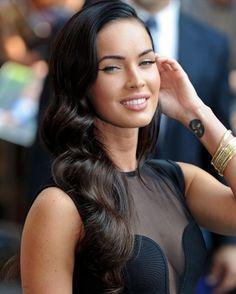 Old Hollywood glam hair. Galia Lahav Haute Couture fashion showcase at Brides by Francesca.