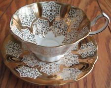 QUEEN ANNE Footed Tea Cup & Saucer Teacup GOLD LEAF SNOWFLAKE MOTIF Wide 68