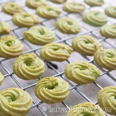 BAKE WITH PAWS: Pandan Butter Cookies