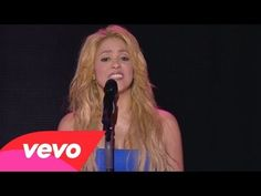 Shakira - Je L'aime A Mourir (Live From Paris) I love LOVE love Shakira! She's my 1st love! ❤◻