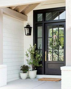 Front Door Porch, Front Door Entrance, Glass Front Door, House Entrance, Front Door Decor, Door With Window, Fall Front Doors, Front Porch Lights, Front Door Overhang