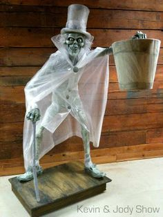 Kevin Kidney & Jody Daily's Hatbox Ghost