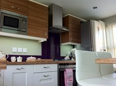 Real Kitchens - Alabaster shaker and warm Zebrano combination