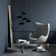 Der Arne Jacobsen Egg-Chair von Fritz Hansen überzeugt mit elegantem, schlichten Design. | #connox #designklassiker #scandi