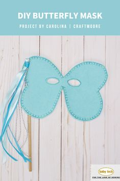 🦋 Play with the decorative stitches on your machine to make a butterfly mask! A beginner-friendly project, these masks are simple to make in under an hour. Need a fast and easy last-minute Halloween costume? This DIY Butterfly Mask is the perfect option. // Project by Carolina Moore | @craftmoore