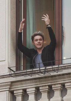 Niall at the boys' hotel in Milan