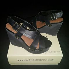 Cathy Jean black wedges 4 1/4 inch wedge Very comfortable Cathy Jean Shoes Wedges