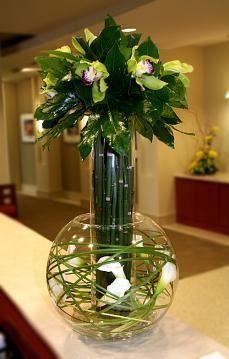 deux vases en transparence