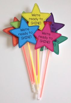 First Day of School or Test Prep Gift Build classroom community at the beginning of the year (or encourage your students during testing season!) with We're Ready To Shine! Motivational gift tags to celebrate and motivate from Mrs. Beattie's Classroom. First Day Of School Activities, 1st Day Of School, Beginning Of The School Year, Back To School Gifts, School School, Back To School Necklaces, Back To School Party, School Lunches, School Parties
