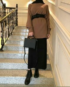 Modest Outfits Muslim, Modest Fashion Hijab, Modern Hijab Fashion, Hijab Fashion Inspiration, Ulzzang Fashion, Muslim Fashion, Winter Fashion Outfits, Niqab, Cute Casual Outfits