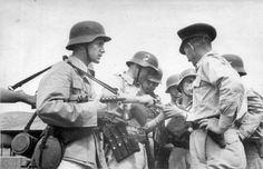 German soldiers and an officer in Crete