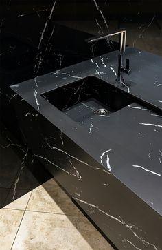 An unalterable design for your kitchen Bathroom Sink Design, Stone Bathroom, Bathroom Design Luxury, Bathroom Layout, Modern Bathroom, 3 Storey House Design, Redo Kitchen Cabinets, Kitchen Storage Boxes, Washbasin Design