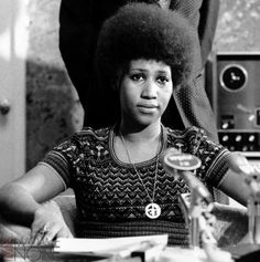 Afterward, Aretha became the only child to drop out of school. Description from madamenoire.com. I searched for this on bing.com/images