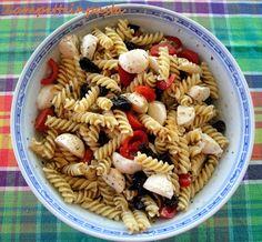 Pasta mediterranea http://zampetteinpasta.blogspot.it/2013/09/pasta-mediterranea.html