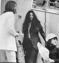 Yoko Ono Daughter kyoko