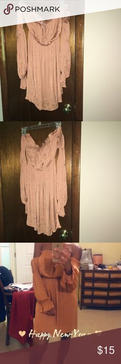 peach colored off the shoulder dress peach colored off the shoulder dress, good condition - only worn once Forever 21 Dresses