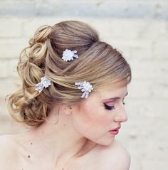 Wedding hair accessories lace daisy bobby pin by BeSomethingNew