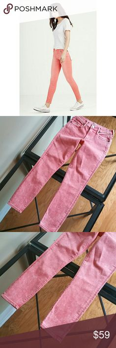 True religion halle super skinny crop jeans New no tag attached inseam 26 in True Religion Jeans Skinny